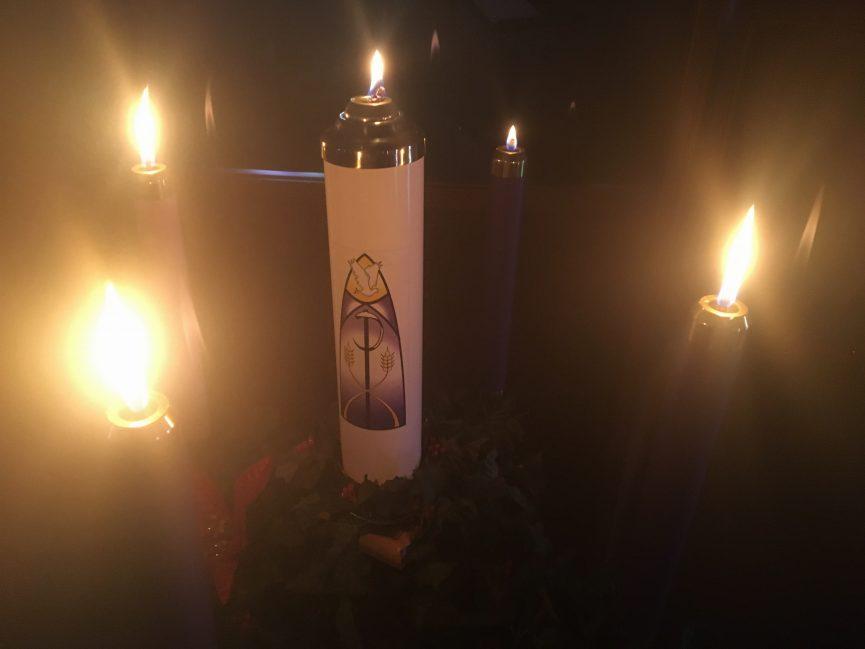 advent-wreath-lit
